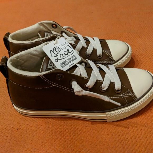 Converse Other - Boys Converse no lace sneakers dark brown size 3 cc63d97b1